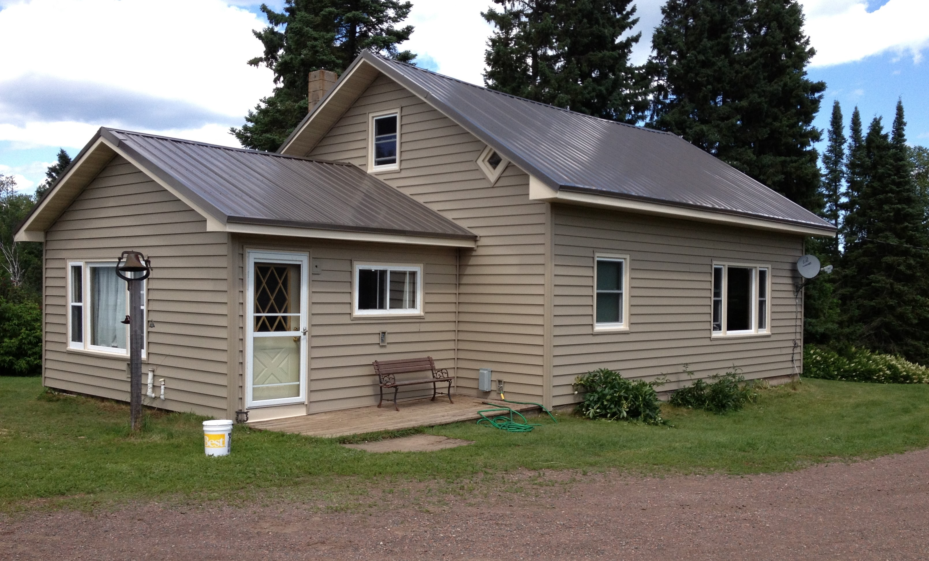 Absalute Vinyl Window & Siding Co | Roofing Contractors in ...