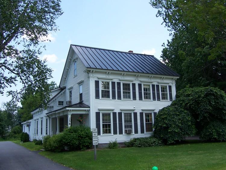 Custom Metal Roofs Of Maine Inc Roofing Contractors In