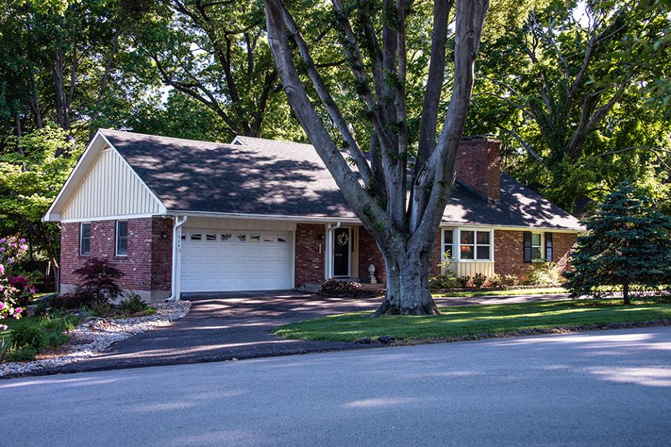 Louisville Roofing And Siding Inc Roofing Contractors