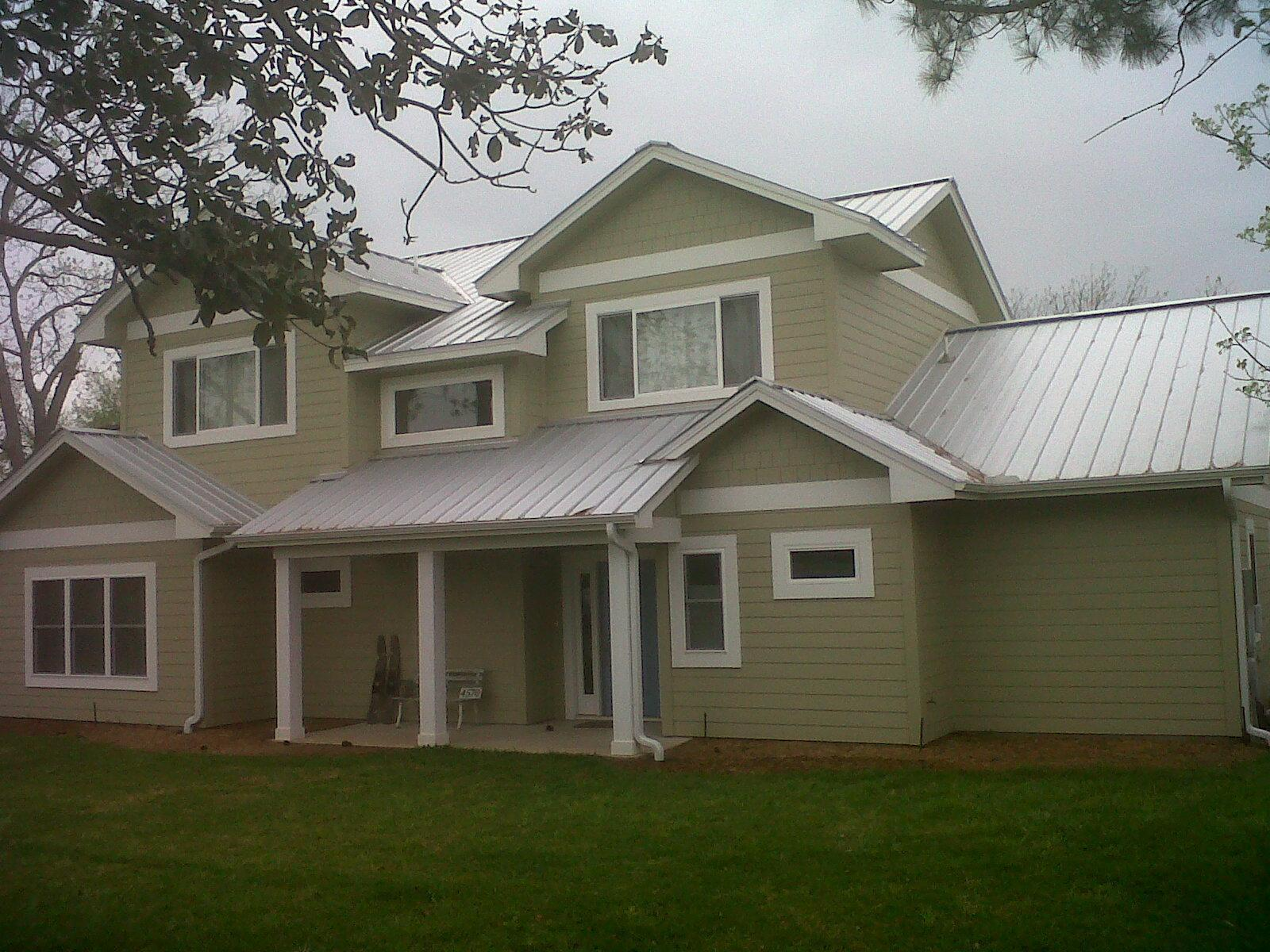 Starr Companies Llc Roofing Contractors In Round